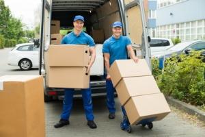 Transport bei PETER wird entsprechend der Ware ausgewählt